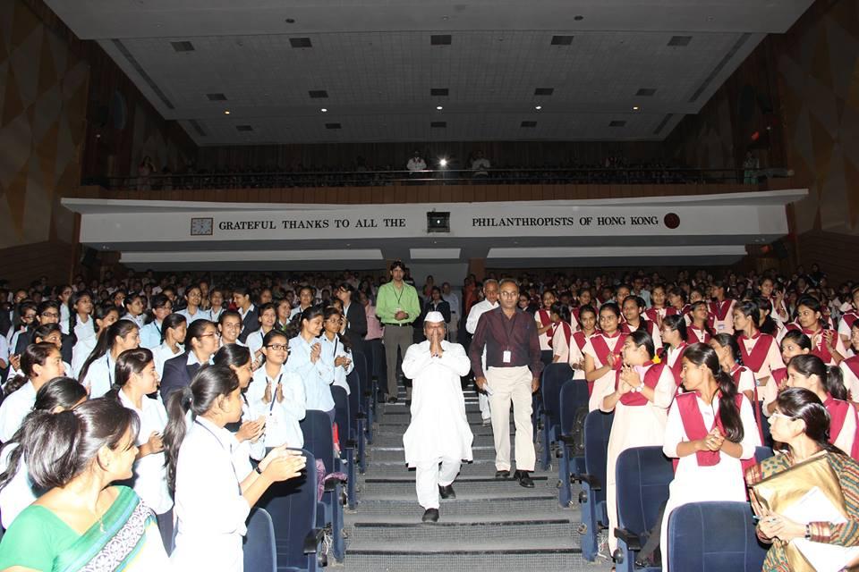 dabbawala motivation Acknowledgement principles of management presentation on management of tiffin carriers (dabbawalas) in mumbai wonders of dabbawalas unfolded here.